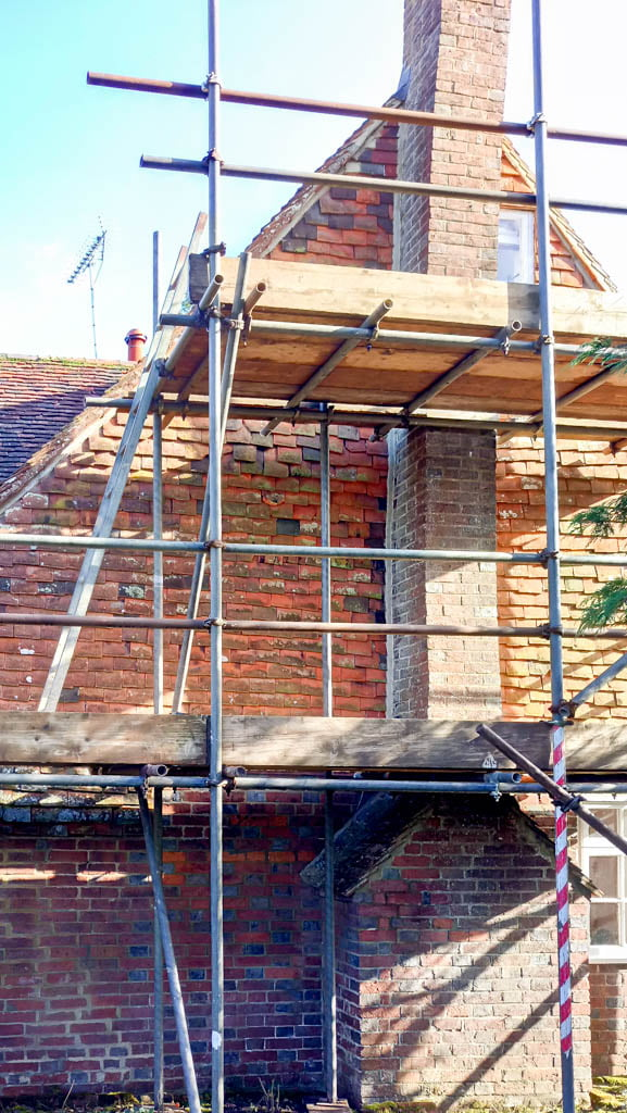 One of the walls at Kingsgate Cottage Rolvenden Layne Kent showing problems with d& penetration between the vertical tiling and chimney stack plus some ... & Kingsgate Cottage Cranbrook Kent u2013 Tenterden Roofing memphite.com