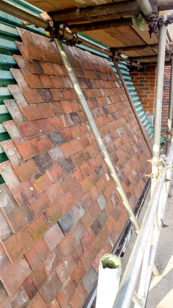Tenterden Roofing - Thorn Oast - Kent Peg Tiling Section