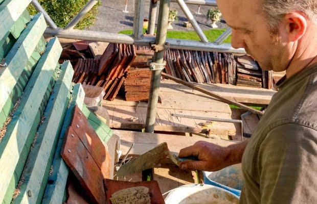 Tenterden Roofing - Thorn Oast - Roofer at work