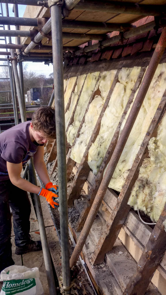 Tenterden Roofing - Thorn Oast - Team at work